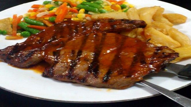 5a0290913a4de buat sendiri steak daging sapi dirumahmu 665 374