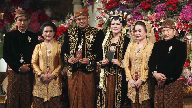 Acara Puncak Pernikahan Kahiyang Ayu dan Bobby Nasution
