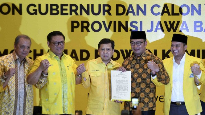 Deklarasi Partai Golkar saat mengusung Ridwan Kamil untuk Pilgub Jabar 2018
