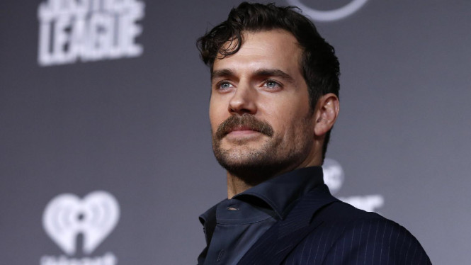 Henry Cavill sebagai Superman di Justice League