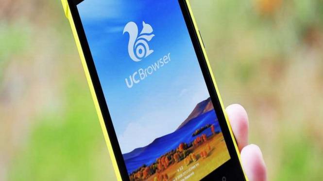 Uc Browser di smartphone.