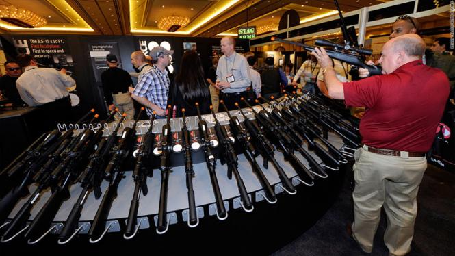 Pameran senjata api di Amerika Serikat.