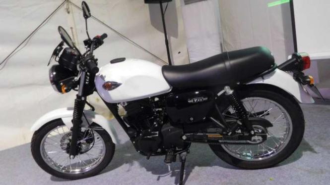 Kawasaki W175.