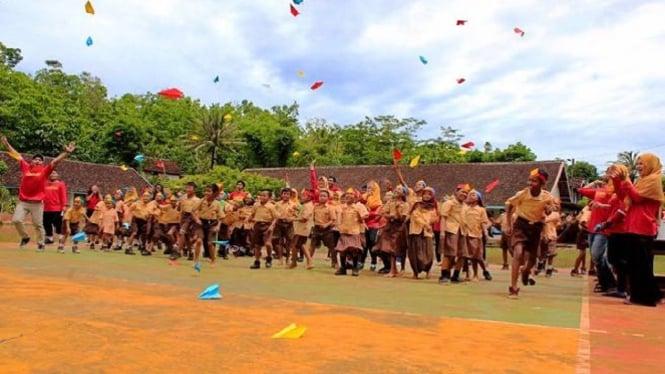 Kegiatan Komunitas Yogyakarta Mengajar.