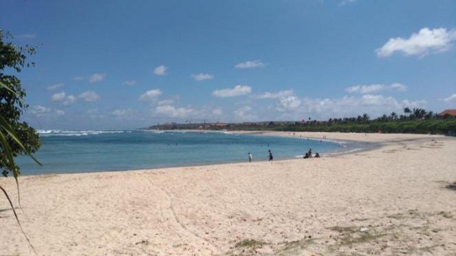 Pantai Peninsula Island Nusa Dua Bali.