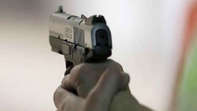 Ilustrasi pistol.