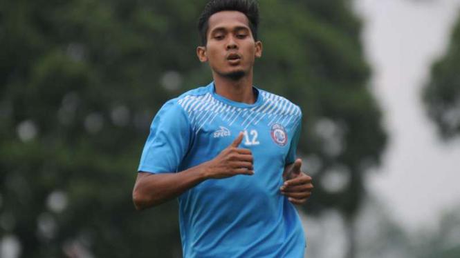 Gelandang Arema FC, Hendro Siswanto.