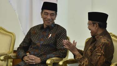 Presiden Joko Widodo dan BJ Habibie.