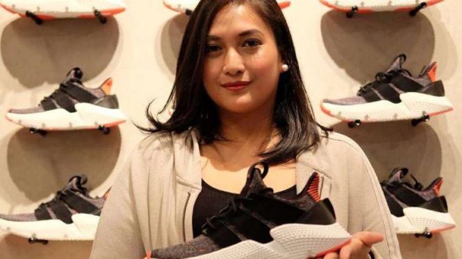 Adidas Lahirkan Sepatu Anti-Mainstream – VIVA 7fe42165e7