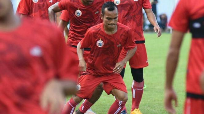 Riko Simanjuntak saat berlatih bersama Persija Jakarta
