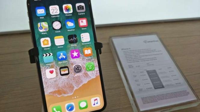 iPhone X kini tersedia di Indonesia.