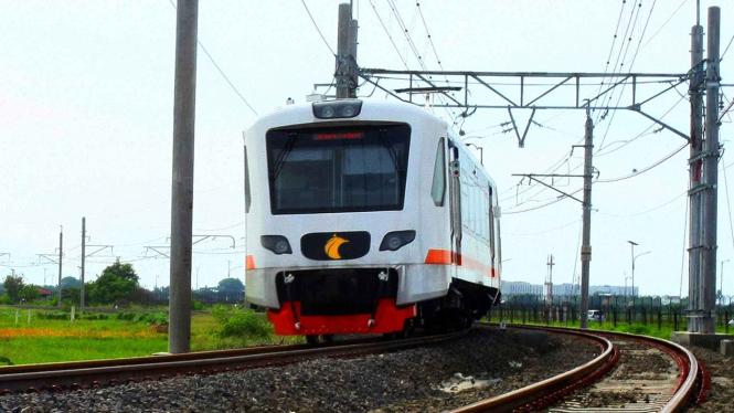 Kereta Api Bandara Soekarno-Hatta (KA Basoetta).