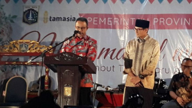 Gubernur dan Wakil Gubernur DKI Jakarta, Anies Baswedan dan Sandiaga Uno.