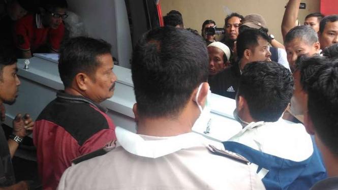 Jenazah korban kapal tenggelam tiba di RS Bhayangkara, Palembang,