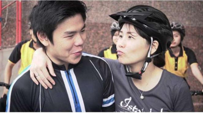 Veronica Tan dan anaknya Nicholas Sean Purnama.
