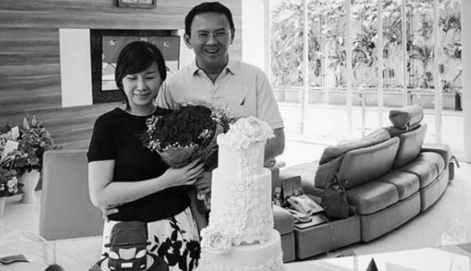 Ahok-Basuki Tjahaja Purnama saat merayakan ulang tahun istrinya Veronica Tan beberapa waktu lalu.