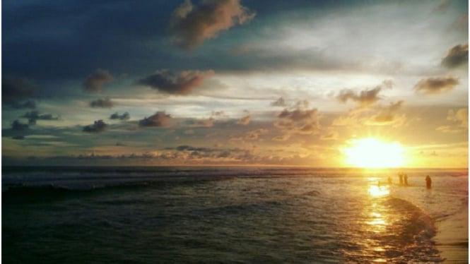 Pantai Sadranan,Yogyakarta.