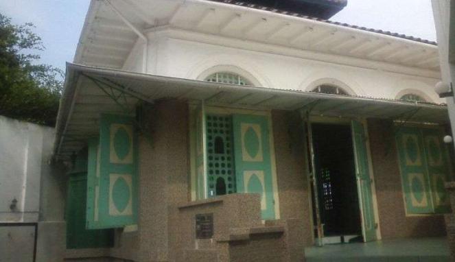 Masjid Kampung Melayu atau Layur di Kota Semarang, Jawa Tengah