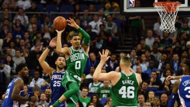 Pertandingan NBA antara Philadelphia 76ers melawan Boston Celtics
