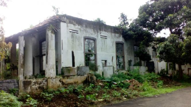 Rumah Cimanggis, Depok, yang akan dibangun universitas