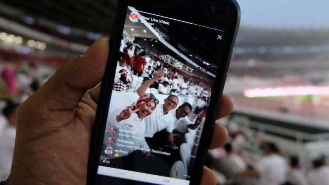 Telkomsel di dalam Stadion Utama Gelora Bung Karno.