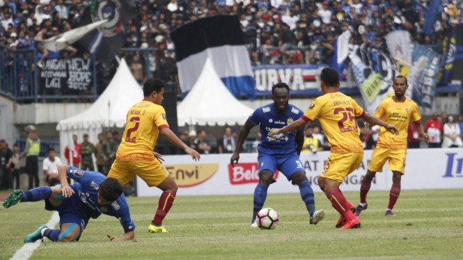 Persib kalahkan Sriwijaya FC di laga pembuka Piala Presiden 2018.