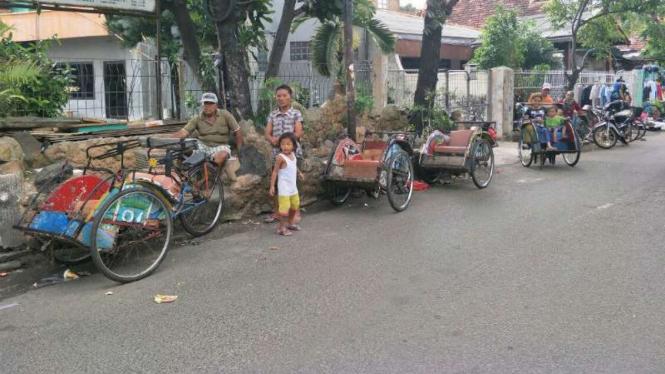 Becak di kawasan Tanah Tinggi, Jakarta Pusat