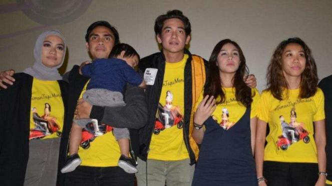 Para pemain film #TemanTapiMenikah