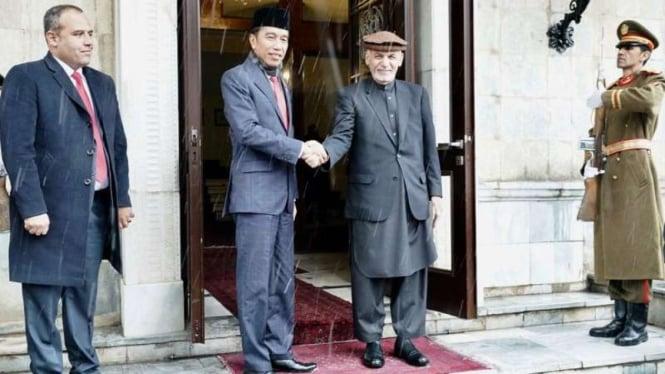 Presiden Joko Widodo dan Presiden Afghanistan di Kabul