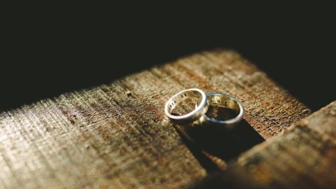 Ilustrasi cincin pernikahan.