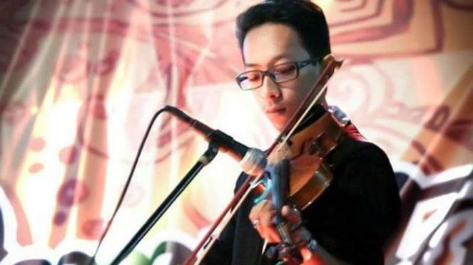 Ahmad Budi Cahyono, guru SMA yang tewas dianiaya siswanya