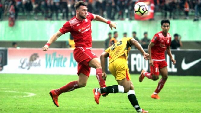 Striker Persija Jakarta, Marko Simic di laga melawan Mitra Kukar