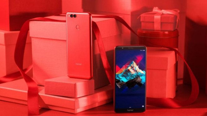 Huawei Honor 7X Valentine Edition.