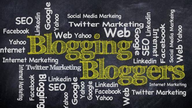 Ilustrasi blogging.