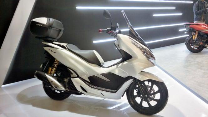 Mau Beli Honda Pcx Wajib Baca Dulu Yang Satu Ini Viva