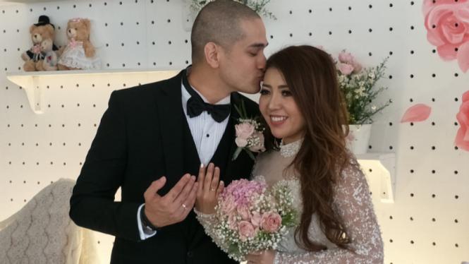 Pernikahan Okan Cornelius dan Mey Lee.