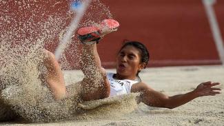 Atlet lompat jauh Indonesia, Maria Natalia Londa, di Test Event Asian Games 2018