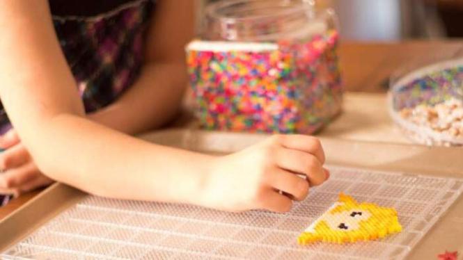 Ilustrasi anak main