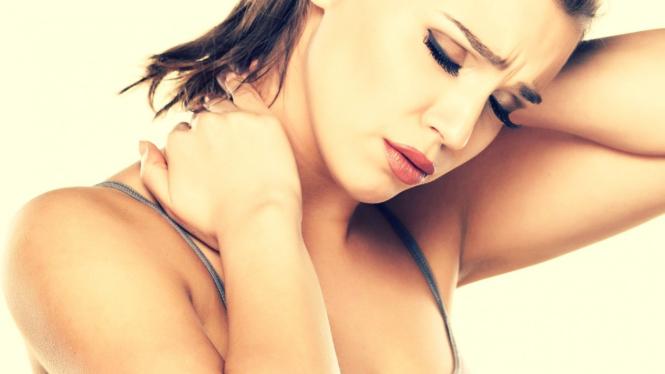 Bukan Kolesterol Tinggi, Leher Pegal Bisa Jadi Gejala Penyakit Kronis