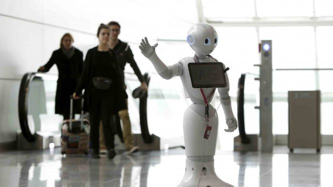 Ilustrasi penggunaan robot dalam aktivitas manusia.