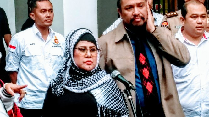 Elvy Sukaesih di Polda Metro Jaya, Senin, 26 Februari 2018.