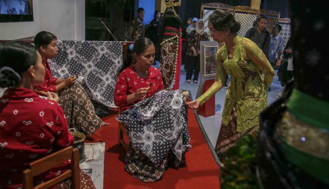 Kegiatan membatik di Yogyakarta