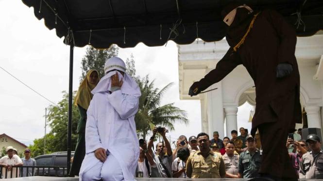 Eksekusi hukuman cambuk di Banda Aceh/Ilustrasi.