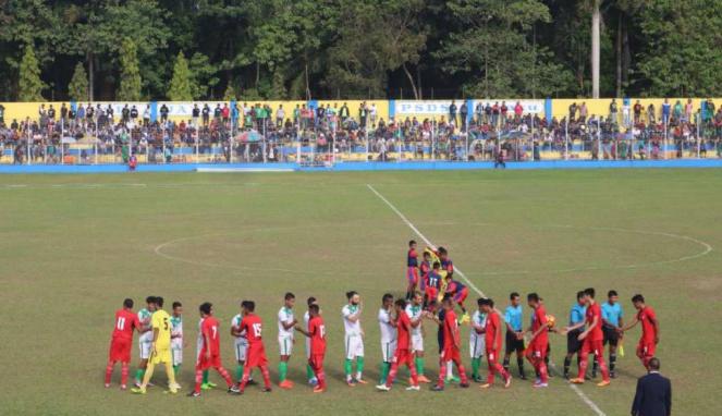 Laga uji coba PSMS Medan vs Semen Padang