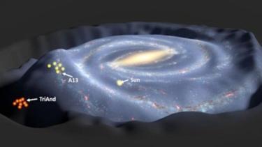 https://thumb.viva.co.id/media/frontend/thumbs3/2018/02/28/5a966de939f9b-ilmuwan-temukan-fenomena-dering-galaksi-bima-sakti_375_211.jpg
