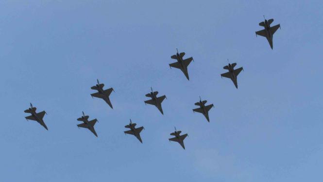 Alutsista pesawat tempur F-16