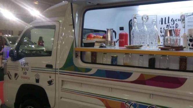 Keren Gran Max Disulap Jadi Mobil Cafe Viva