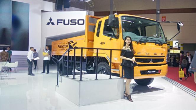 Truk Mitsubishi Fuso