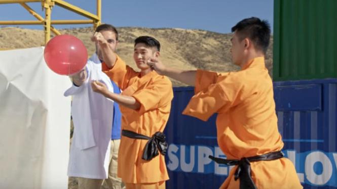 Aksi Biksu Shaolin.