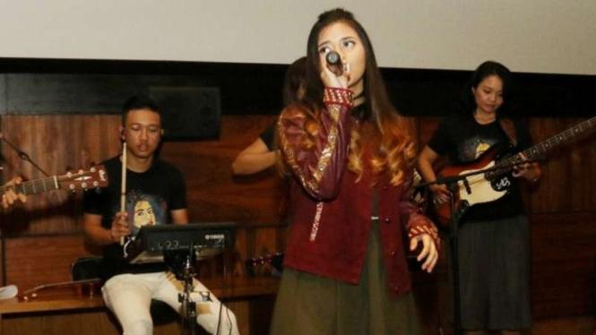 penyanyi cantik Ghaniya